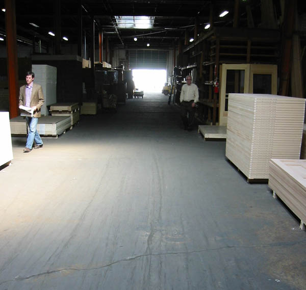 Pittsburgh Warehouse With High 22 Foot Ceilings